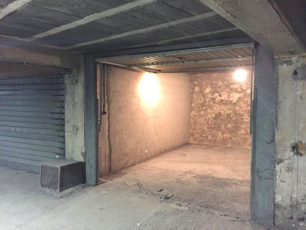 Vente garage parking toulon 83000 sur le partenaire for Garage a vendre toulon mourillon